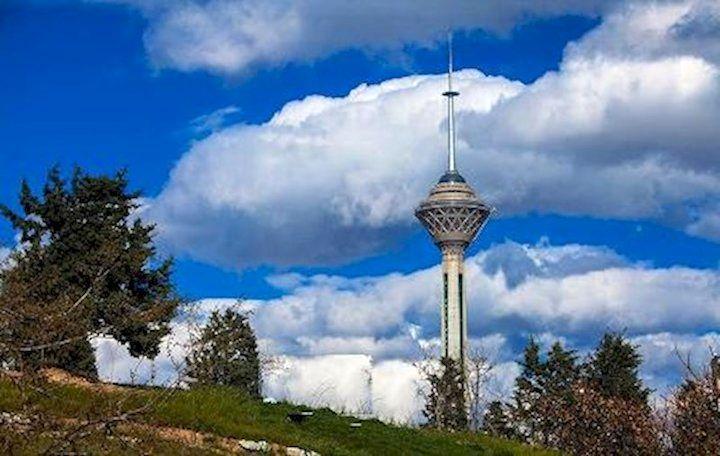 هوای تهران در شرایط قابل قبول قرار گرفت