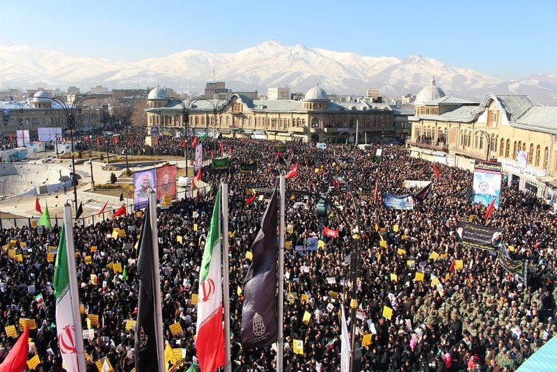 برگزاری پرشور مراسم یادبود سردار شهید سپهبد قاسم سلیمانی در همدان