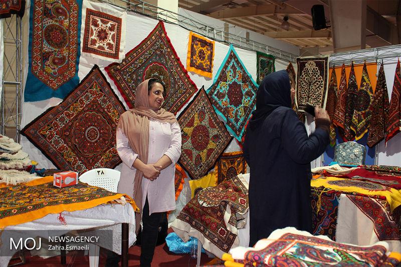 اصل صنایع دستی استان یزد از پارچه و لباس است