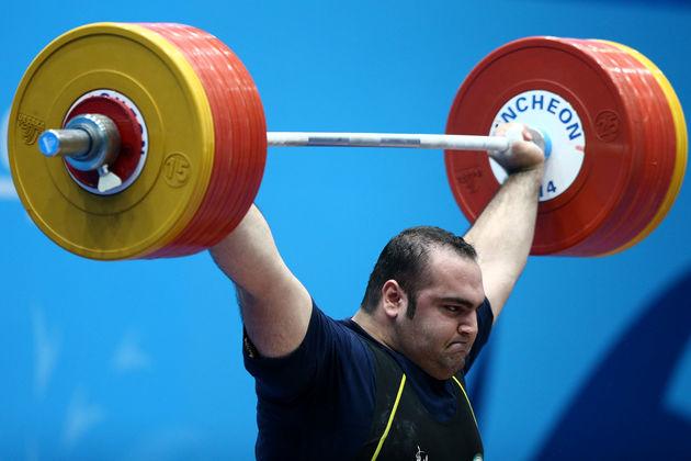 بهداد سلیمی صدرنشین هفته اول لیگ وزنهبرداری شد
