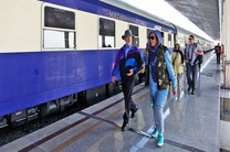 بیست و یکمین قطار گردشگری خارجی وارد ایران می شود