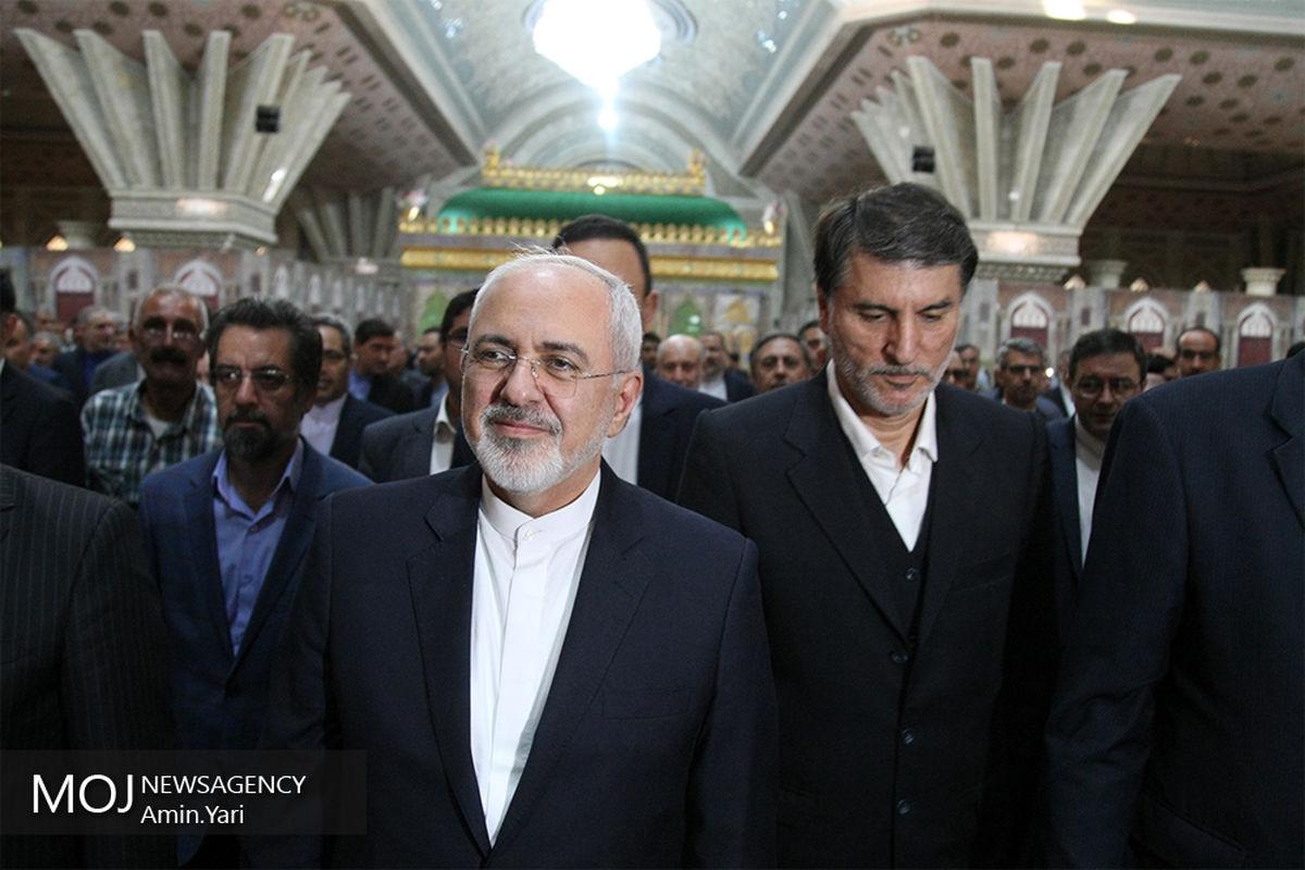 ظریف و مدیران وزارت خارجه با آرمانهای امام «ره» تجدید بیعت می کنند