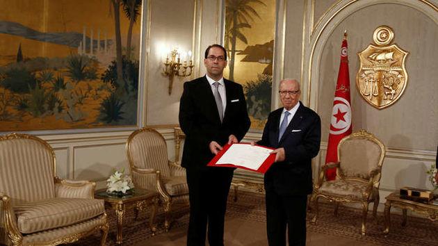 وزیران ترمیم کابینه تونس رای اعتماد گرفتند