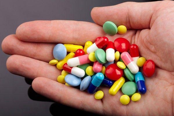 وجود 300 داروخانه در گیلان/ گیلان کمبود دارو ندارد