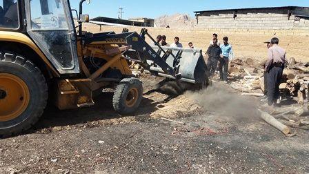 4 حلقه چاه غیر مجاز در آران و بیدگل پر و مسدود شد