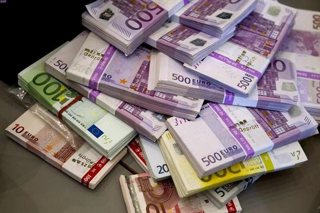 قیمت یورو ۵۱ هزار و ۸۲۴ ریال شد