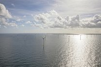 بزرگترین نیروگاه بادی اروپا در آبهای هلند ساخته شد