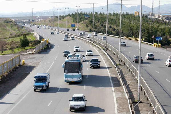 تردد یک میلیون و 630 هزار وسیله نقلیه سبک و سنگین در استان مرکزی