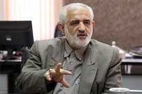 پرویز سروری و احمد دنیامالی در انتخابات شوراها ثبتنام کردند