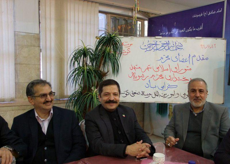بازدید رئیس و اعضای شورای اسلامی شهر مشهد از کشتارگاه صنعتی