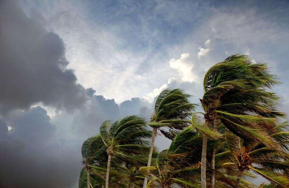 تدوام ناپایداری جوی در هرمزگان/ دریای عمان و تنگه هرمز مواج است