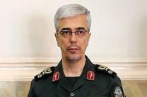 حضور سرلشکر باقری و سردار اشتری در جلسه هیأت دولت