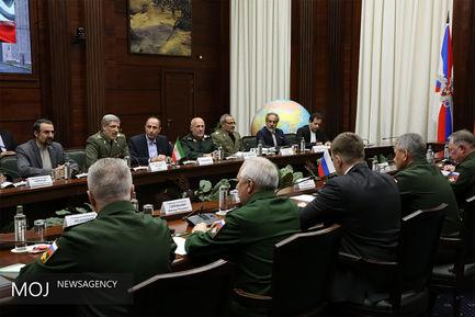 دیدار وزیر دفاع ایران با مقامات نظامی روسیه