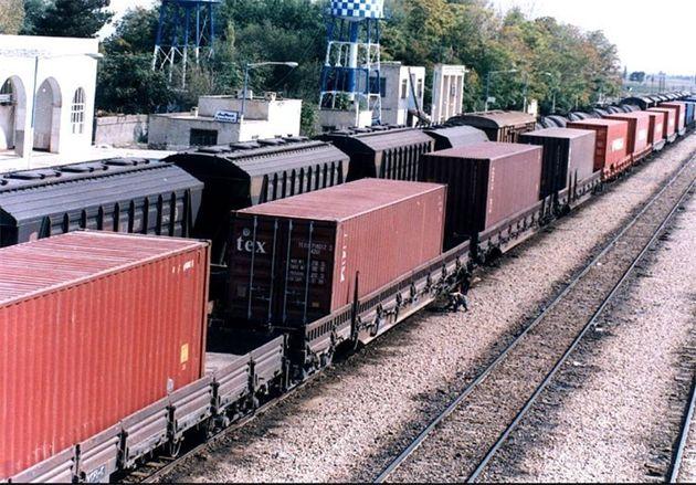 رشد ۷۶ درصدی تردد قطارهای باری از پاکستان به راهآهن زاهدان