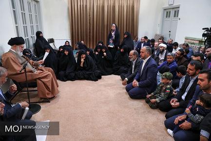 دیدار جمعی از خانوادههای شهدای امنیت با مقام معظم رهبری