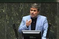 تاجگردون: واردات پنج هزار و 900 میلیارد تومانی بنزین در دولت قبل/لاریجانی:سه هزار میلیارد تومان آن قانونی بود