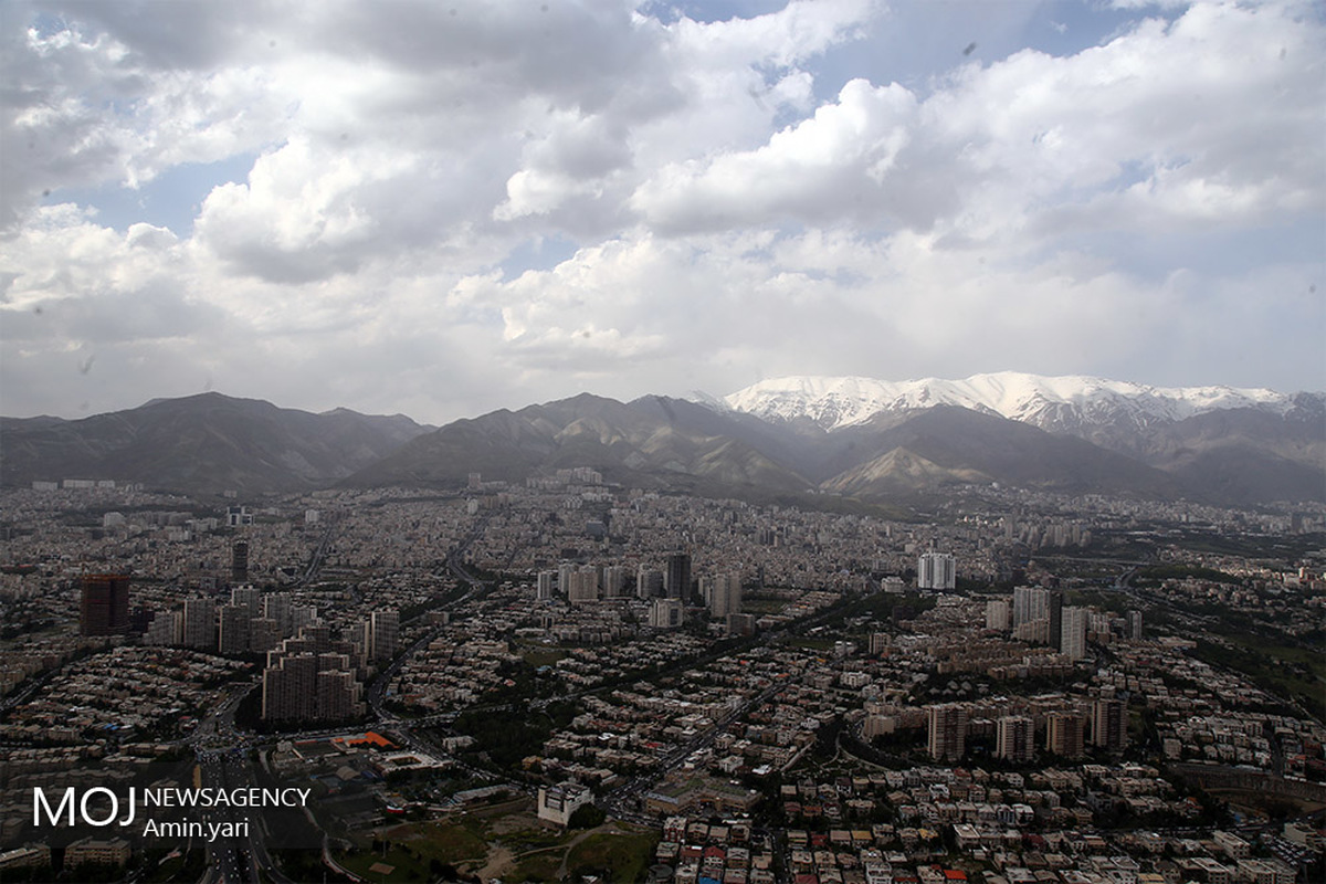 کیفیت هوای تهران ۱۴ فروردین ۱۴۰۰/ شاخص کیفیت هوا به ۸۳ رسید