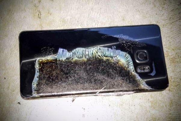 علت انفجار باتری موبایل کشف شد