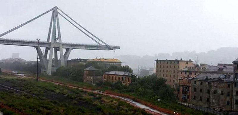 تلفات فروریختن پل موراندی در ایتالیا به 38 نفر رسید