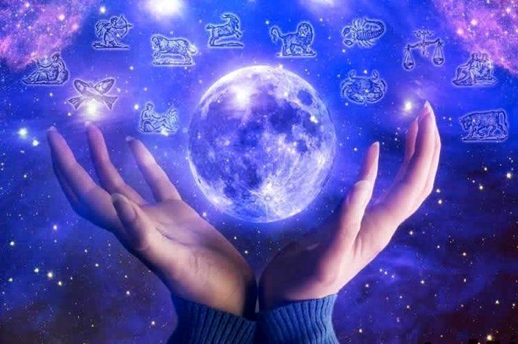حقایقی شگفت انگیز در مورد فال/ پیشگویی رخدادها از روی باورهایمان