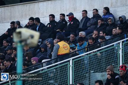 دیدار تیم های فوتبال پرسپولیس و نفت مسجد سلیمان