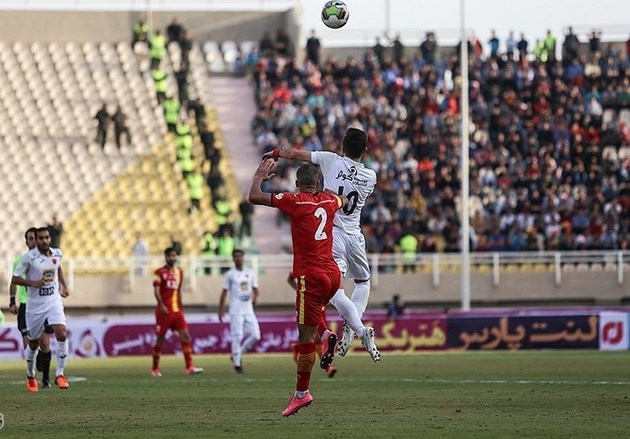 دیدار فوتبال پیکان و فولاد مجددا لغو شد