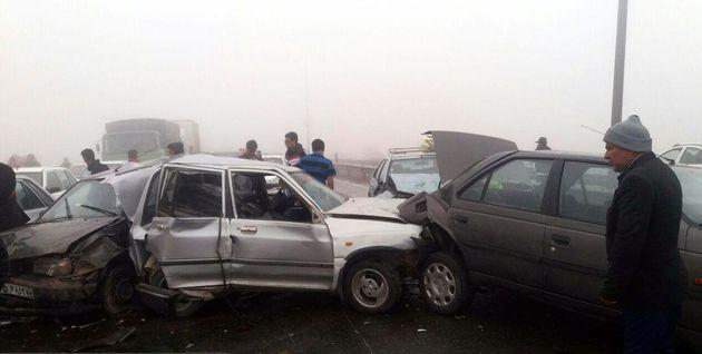 واژگونی خودرو 206 درجاده هراز پنج مجروح بر جای گذاشت