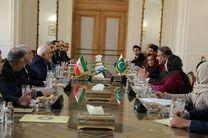 وزیر امور خارجه پاکستان با ظریف دیدار کرد