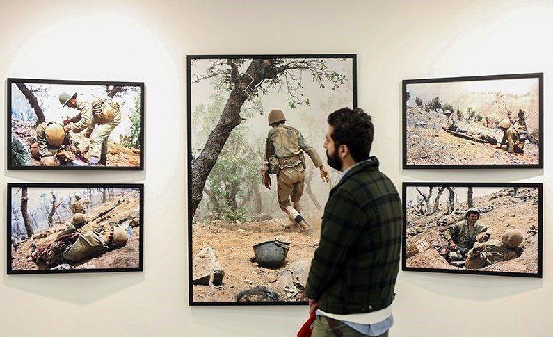 نمایشگاه عکس انقلاب اسلامی در اصفهان برپا میشود