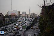به دلیل فعالیت عمرانی در آزادراه کرج-قزوین ترافیک سنگین در جریان است
