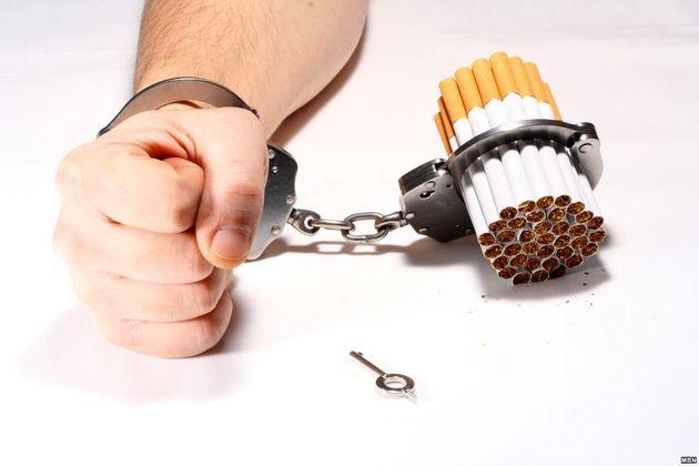 جمع آوری تبلیغات دخانیات از سطح فروشگاه های بندرعباس
