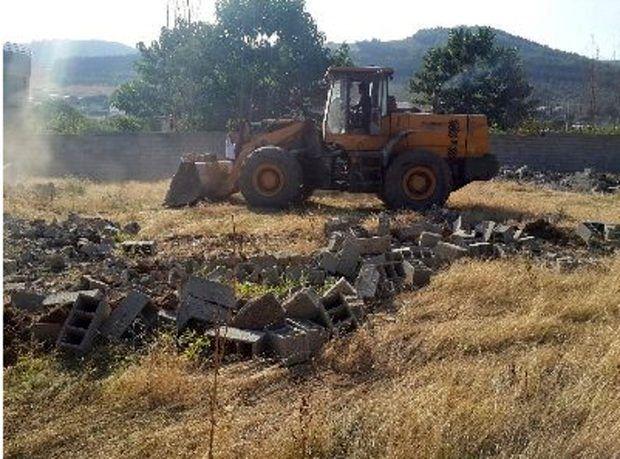 تخریب ساخت و سازهای غیرمجاز در کلاردشت