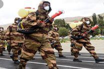 رژه خدمت ارتش جمهوری اسلامی ایران در بندرعباس برگزار شد