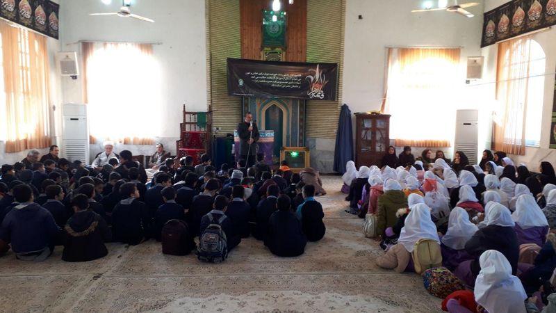 گردهمایی فاطمی در مجتمع فرهنگی آستان مقدس قم در پره سر برگزار شد