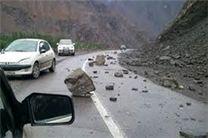 ریزش سنگ در جاده هراز 6 مصدوم برجای گذاشت