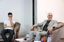 استاندار اصفهان از بازیکن مصدوم تیم ذوب آهن عیادت کرد
