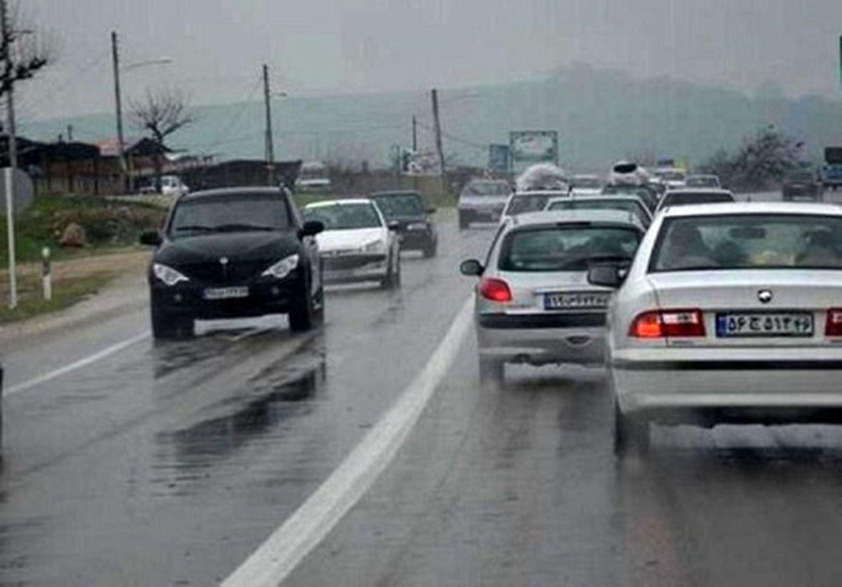 لغزندگی و مه گرفتگی در محورهای مواصلاتی استان اصفهان