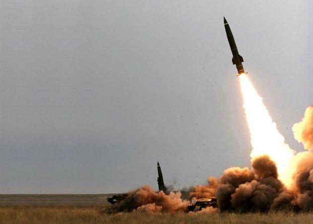 شلیک موشک بالستیک ارتش یمن به سوی عربستان