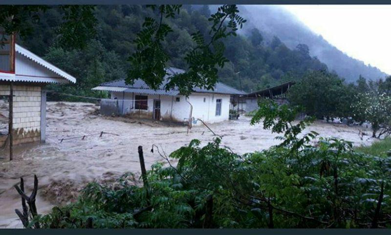 بر اثر وقوع سیل گاز بخشی از روستاهای تالش و اسالم قطع شد