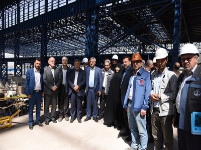 رئیس کمیسیون حمایت از تولیدملی مجلس شورای اسلامی از مجتمع جهان فولاد سیرجان بازدید کرد