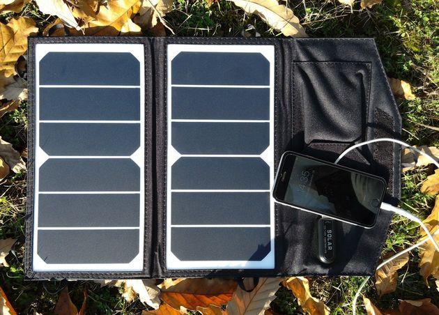 طراحی و تولید شارژر خورشیدی جیبی و مقاوم به ضربه و آب
