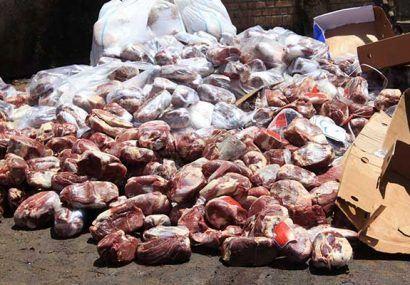 معدوم سازی بیش از 400 کیلو گوشت منجمد فاسد در شهرستان مبارکه