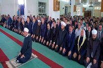 اسد نماز عید قربان را در قلمون غربی اقامه کرد