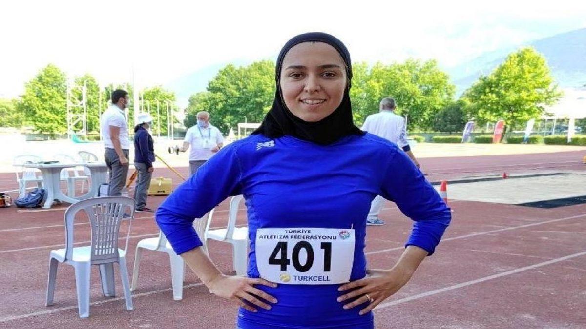 فرزانه فصیحی نماینده دوی صد متر ایران در بازی های المپیک شد