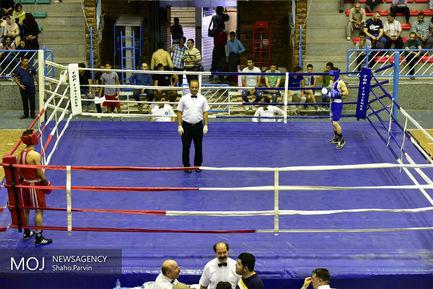مسابقات بوکس قهرمانی جوانان کشور در سنندج