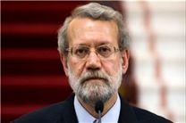 رئیس مجلس در دامنه جنوبی البرز یک اصله نهال غرس کرد