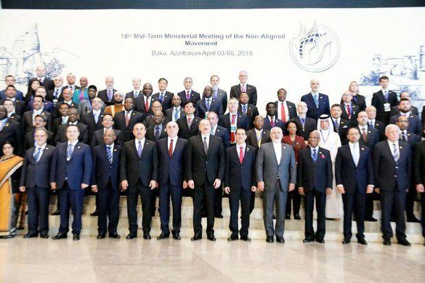 ظریف با برخی مقامات شرکت کننده در اجلاس جنبش عدم تعهد دیدار کرد