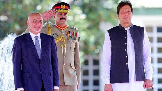 نخست وزیر پاکستان و رئیس جمهور افغانستان با یکدیگر دیدار کردند