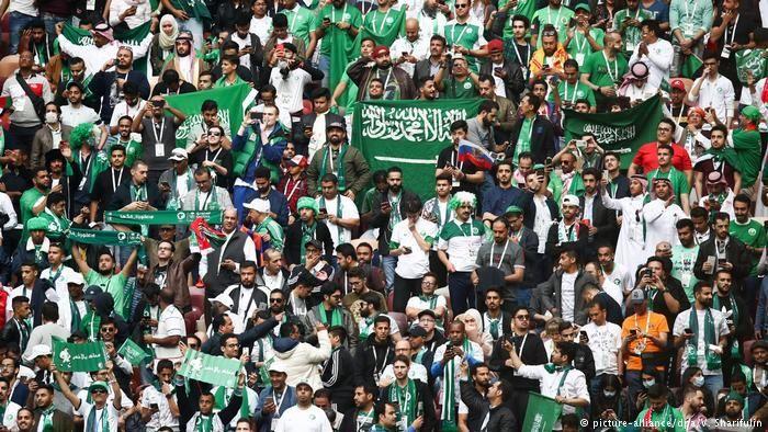 حضور تماشاگران در ورزشگاه های عربستان تا اطلاع ثانوی ممنوع شد