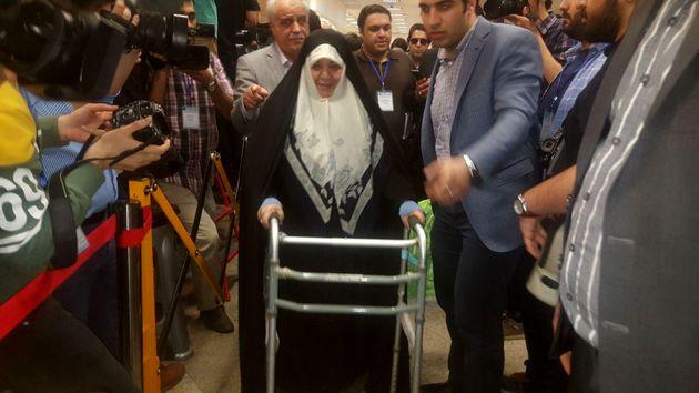 دختر آیت الله طالقانی وارد وزارت کشور شد